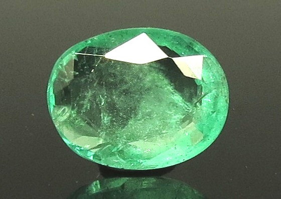 2.00 Ratti Natural Emerald Stone With Govt. Lab Certified (23310)