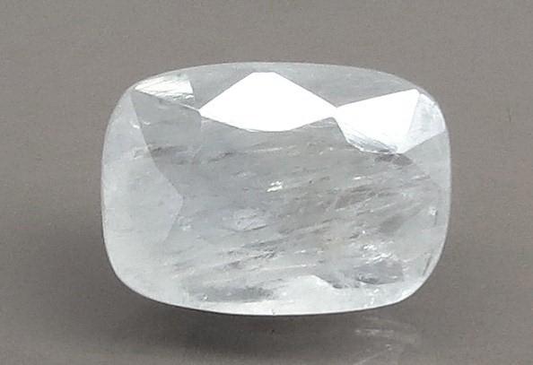 5.33 Ratti Natural White Sapphire with Govt Lab Certificate - (6771)