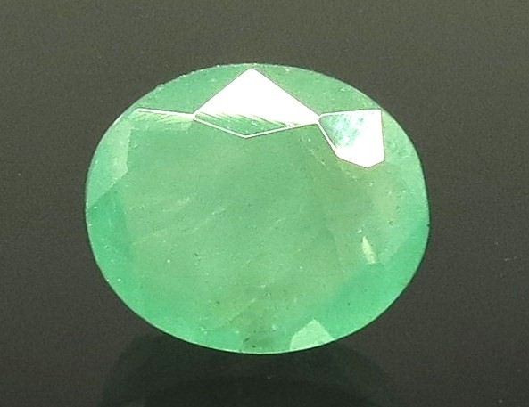 11.44 Ratti Natural Emerald Stone With Govt. Lab Certified (8991)
