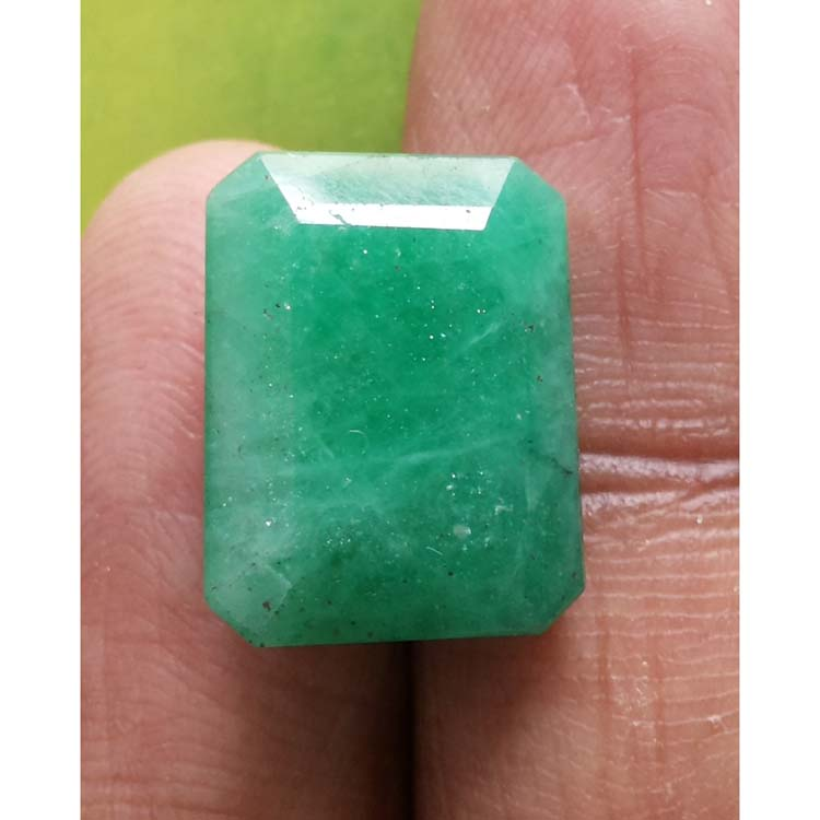 11.77 Ratti Natural Panna Stone with Govt. Lab Certified-(2331)